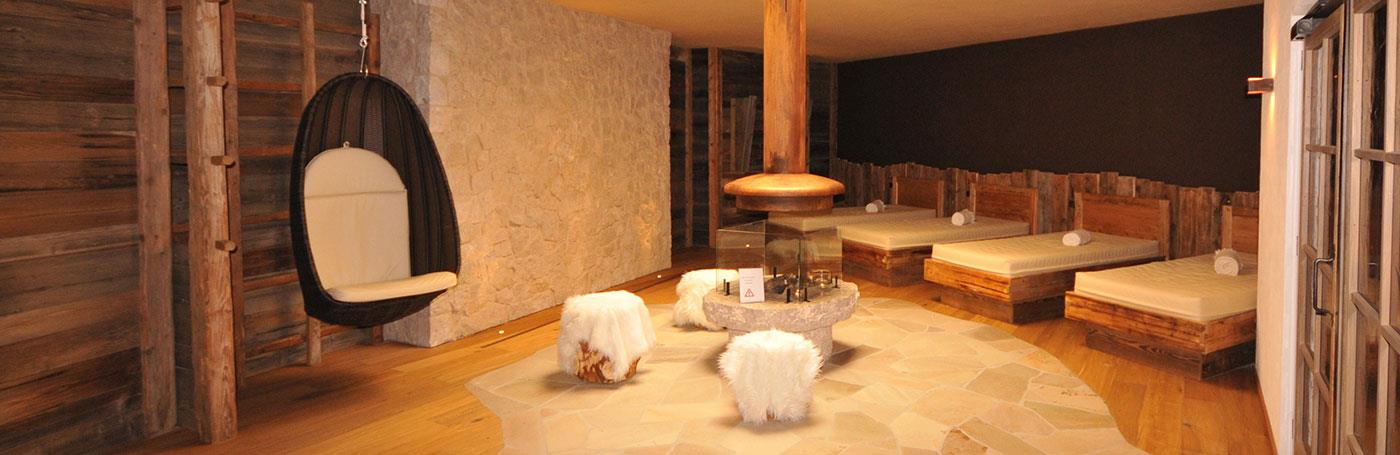 Hotel Santer Wellness area relax lettino ad acqua