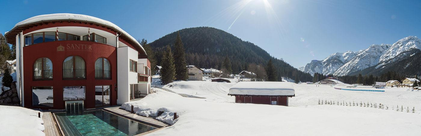 hotel santer outdoor-pool winter