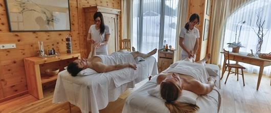 Hotel Santer couples massage in Dobbiaco